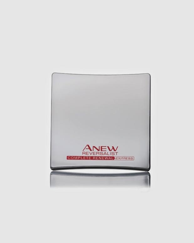Anew Reversalist Complete Renewal kompaktni puder 1